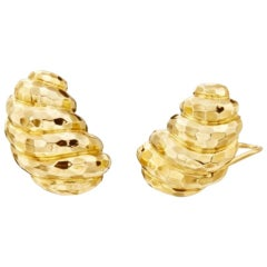 18 Karat Yellow Gold Henry Dunay Faceted Dome Shrimp Earrings