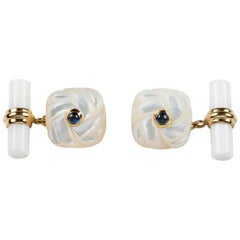 18 Karat Yellow Gold Interwoven Square Mother of Pearl Agate Sapphires Cufflinks