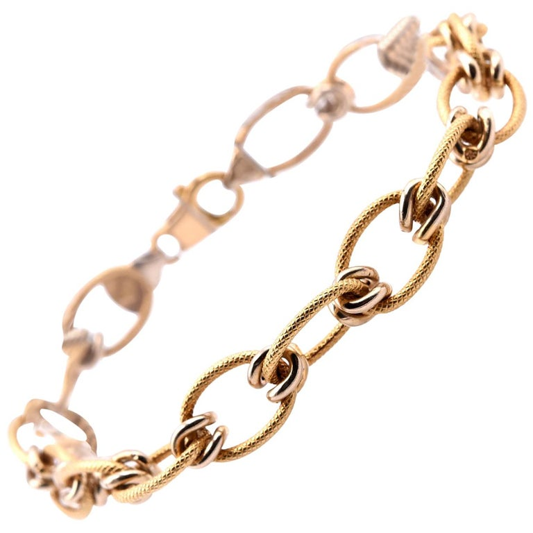 "18 Karat Yellow Gold Italian Designed ""Creazioni"" Textured Oval Link Bracelet For Sale"
