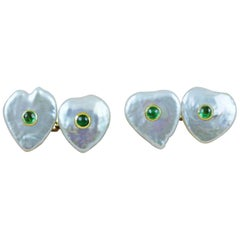 18 Karat Yellow Gold Keshi Pearl with Emeralds Heart Cufflinks
