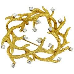 18 Karat Yellow Gold La Triomphe Antler Wreath Diamond Pin
