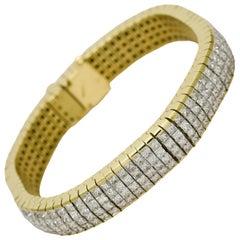 18 Karat Yellow Gold Ladies Princess Cut Diamond Tennis Bracelet 20 Total Carat