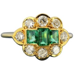 18 Karat Yellow Gold Ladies Ring with Natural Emeralds and Diamonds, 1980s