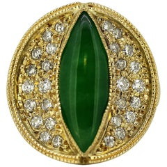 18 Karat Yellow Gold Ladies Ring with Natural Jade and Diamonds, USA, 2000s