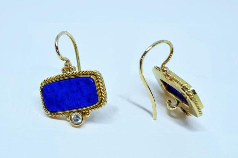 Brilliant Cut 18 Karat Yellow Gold Lapis Lazuli and Diamond Earrings Handmade For Sale