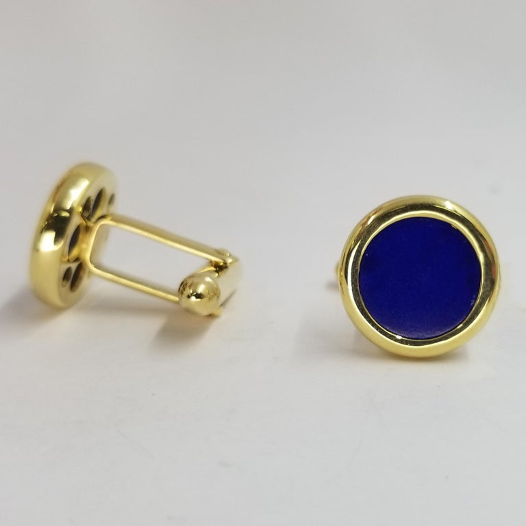 18 Karat Yellow Gold Lapis Lazuli Cufflinks In Good Condition For Sale In Coral Gables, FL