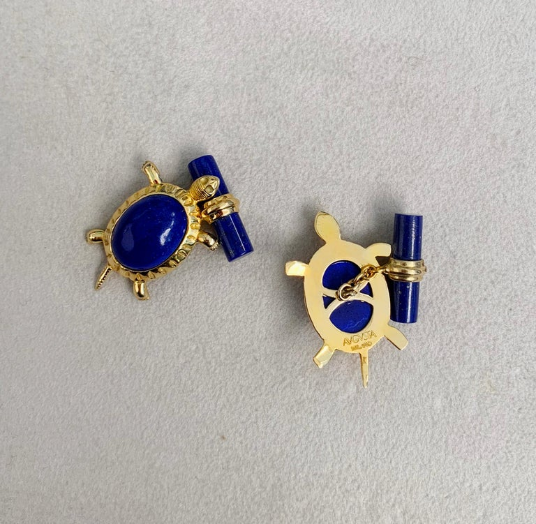 18 Karat Yellow Gold Lapis Lazuli Turtle Cufflinks In New Condition For Sale In Milano, IT