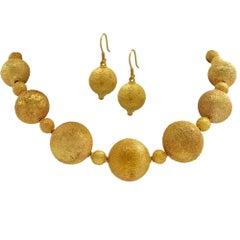 18 Karat Yellow Gold Large Bead Necklace