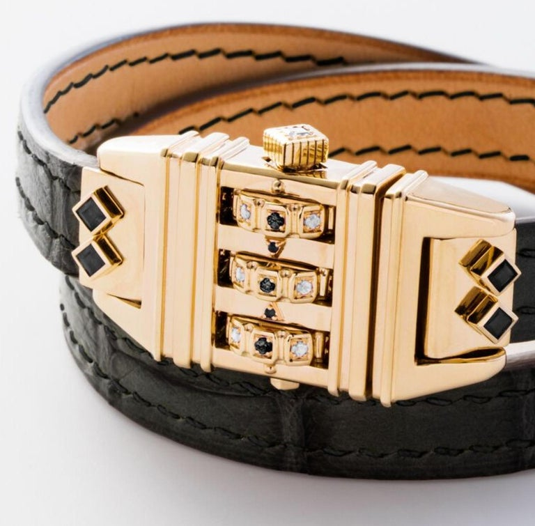 18 Karat Yellow Gold Leather Wrap Black and White Code Bracelet In New Condition For Sale In West Hollywood, CA