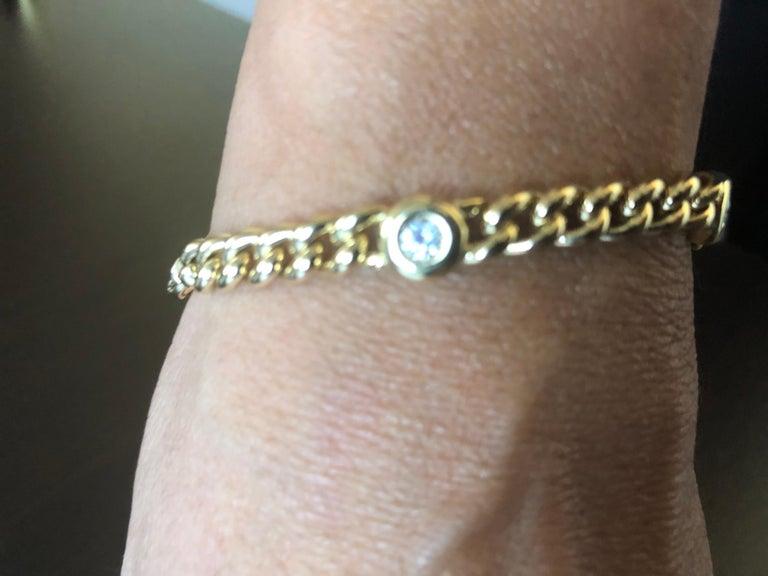 Round Cut 18 Karat Yellow Gold Link Bracelet For Sale