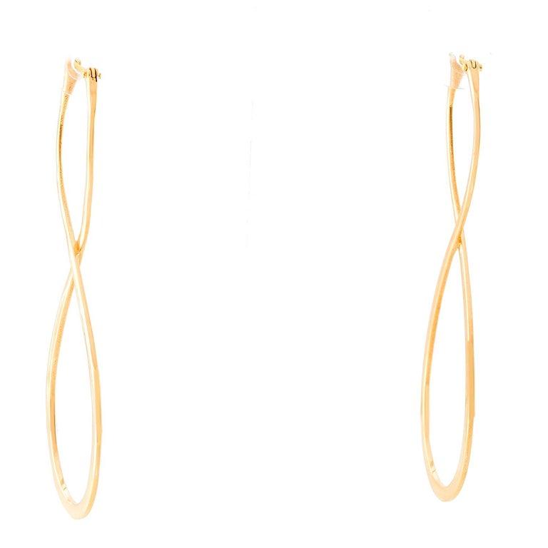 Women's 18 Karat Yellow Gold Long Earrings For Sale