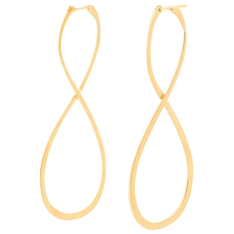 18 Karat Yellow Gold Long Earrings For Sale