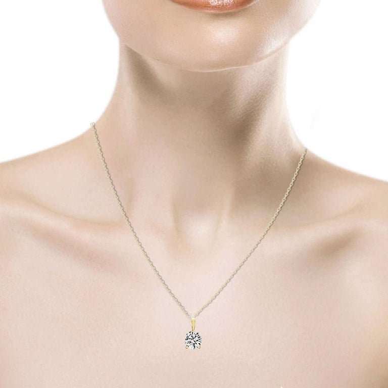 Round Cut 18 Karat Yellow Gold Martini 3 Prongs Natural Diamond Pendant '3/4 Carat' For Sale