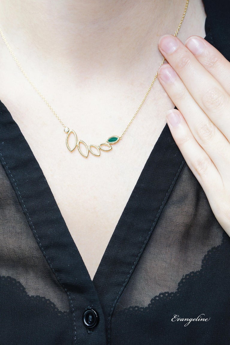 Marquise Cut 18 Karat Yellow Gold Mini Q Garden Necklace with Diamonds and Malachite For Sale