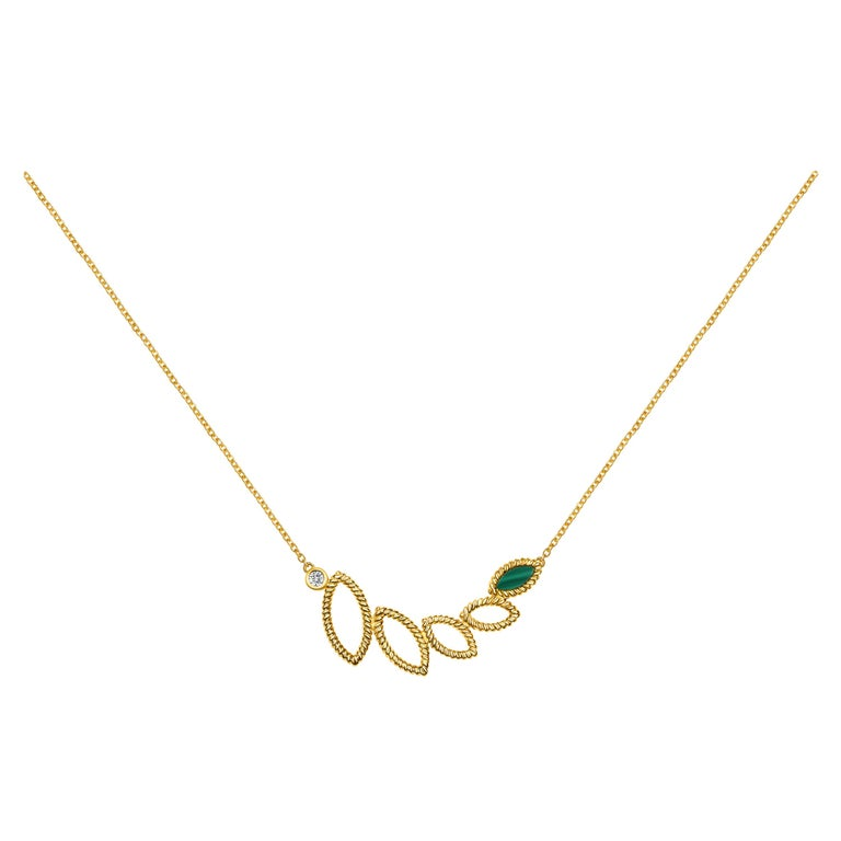 18 Karat Yellow Gold Mini Q Garden Necklace with Diamonds and Malachite For Sale