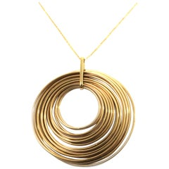 18 Karat Yellow Gold Multi Layered Overlapping Circles Pendant Necklace