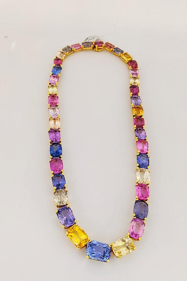 Contemporary 18 Karat Yellow Gold, Natural 144.55 Carat Multicolored Sapphire Necklace For Sale