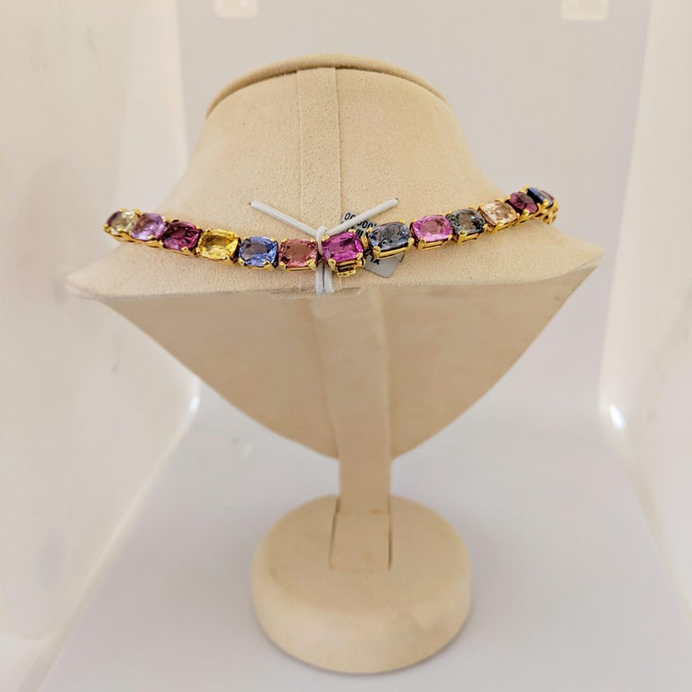 18 Karat Yellow Gold, Natural 144.55 Carat Multicolored Sapphire Necklace For Sale 1