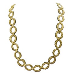 18 Karat Yellow Gold Necklace and Bracelet Combo, circa 1960s
