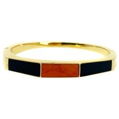18 Karat Yellow Gold Onyx Coral Inlay Bangle Bracelet
