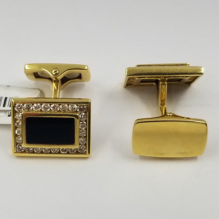 18 Karat Yellow Gold, Onyx, and Diamond Cufflinks In Good Condition In Coral Gables, FL