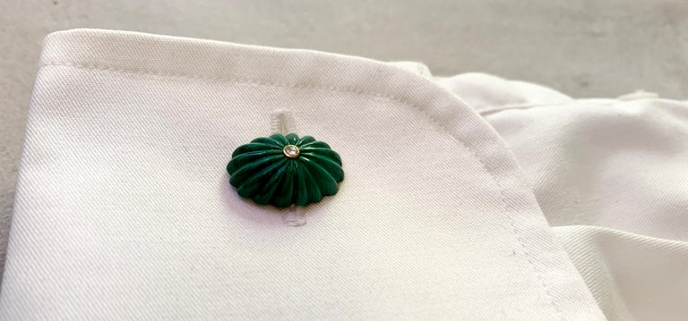 Women's or Men's 18 Karat Yellow Gold Oval Hand Carved Malachite White Diamonds Cufflinks For Sale