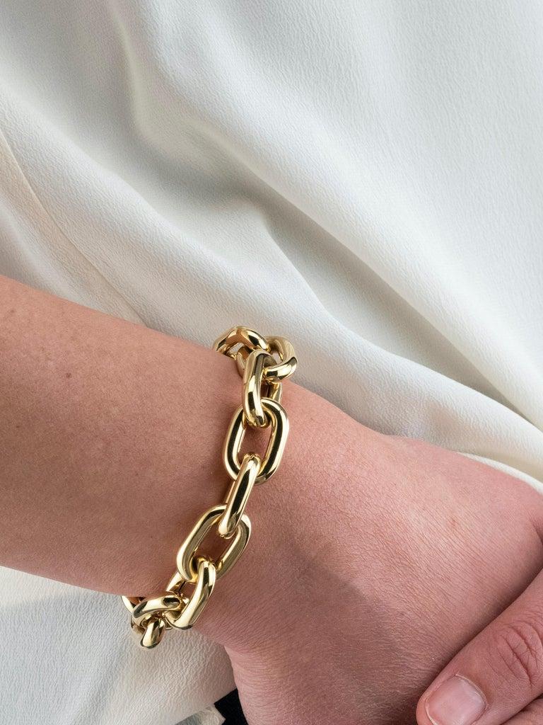18 Karat Yellow Gold Oval Link Bracelet For Sale 1