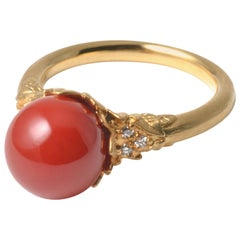 18 Karat Yellow Gold Oxblood Coral Ring with Diamonds