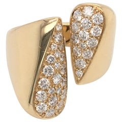 18 Karat Yellow Gold Pave' Diamond Ring Made in Italy with Box