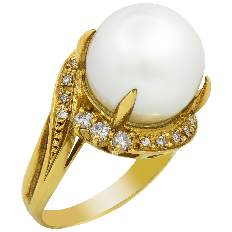 18 Karat Yellow Gold Pearl and Diamond Bypass Ring