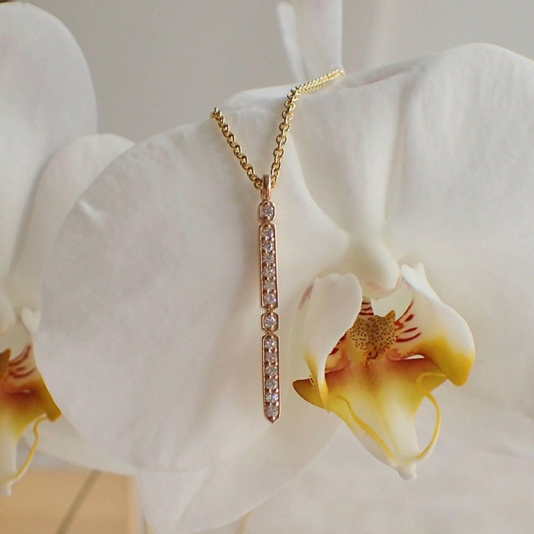 Contemporary 18 Karat Yellow Gold Pendant with 0.21 Carat of Diamond on an Cable Chain For Sale