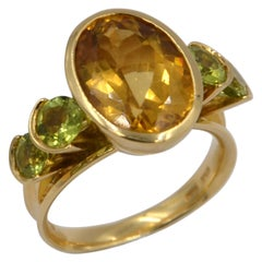 18 Karat Yellow Gold Peridot and Citrine Garavelli Ring