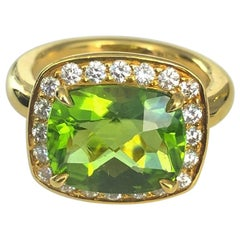 18 Karat Yellow Gold Peridot and Diamond Ring