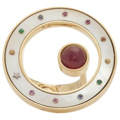 18 Karat Yellow Gold, Pink Tourmaline Sapphire and Mother of Pearl Ring