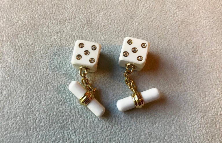 18 Karat Yellow Gold Playing Dice White Agate Diamonds Cufflinks For Sale 1