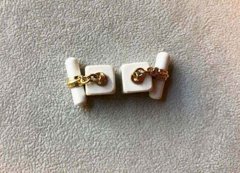 18 Karat Yellow Gold Playing Dice White Agate Diamonds Cufflinks For Sale 2