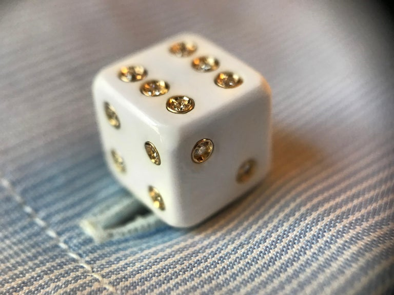 18 Karat Yellow Gold Playing Dice White Agate Diamonds Cufflinks For Sale 3