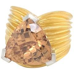 "18 Karat Yellow Gold ""Plissé"" Zircon 20.96 Carat Ring, Cirio"