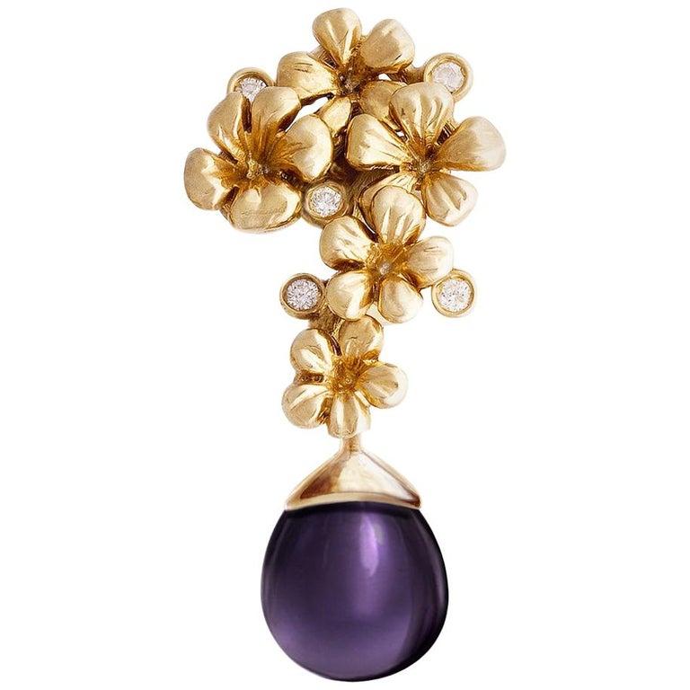 18 Karat Yellow Gold Plum Blossom Brooch 0.15 Carat Diamonds with Amethyst For Sale