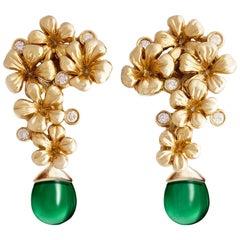 18 Karat Yellow Gold Art Nouveau Blossom Earrings, 0.22 Carat Diamonds