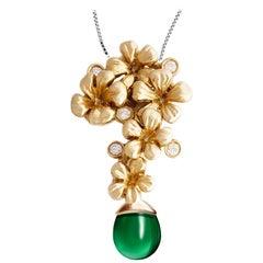 18 Karat Yellow Gold Plum Blossom Necklace Pendant 0.15 Carat Diamonds