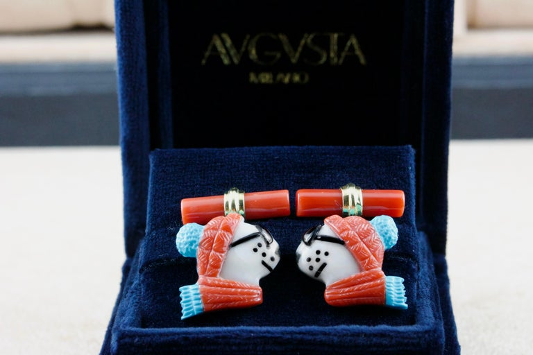 18 Karat Yellow Gold Polar Bear in Coral and Turquoise Cufflinks For Sale 1