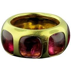 "18 Karat Yellow Gold ""Pomellato"" Rubelite Cabochon Ring"