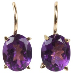 18 Karat Yellow Gold Purple Oval Amethyst Earrings