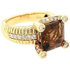 18 Karat Yellow Gold Quartz and Diamond Cocktail Ring