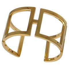 18 Karat Yellow Gold Rectangle Cuff Bracelet