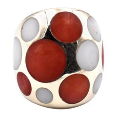 18 Karat Yellow Gold Red and White Coral Ring