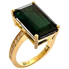 18 Karat Yellow Gold Ring One Natural Green Tourmaline and 38 Diamonds, Handmade