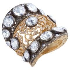 18 Karat Yellow Gold Ring with 10.50 Carat White Diamonds