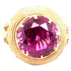 18 Karat Yellow Gold Ring with 15.50 Carat Synthetic Pink Sapphire